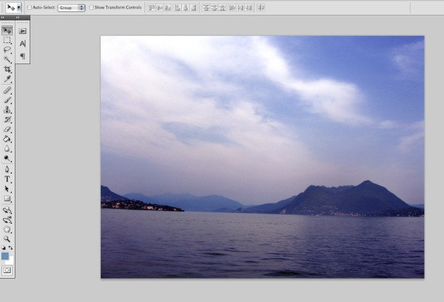 Image in photoshop, crooked waterline