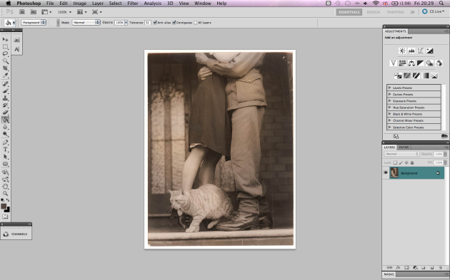 Photoshop workspace with WWII soldier kissing girlfriend goodbye